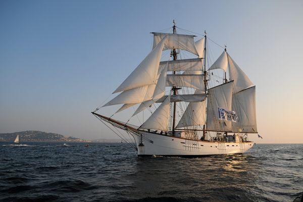 Le Marité est le dernier terre-neuvier en état de naviguer et le plus vieux gréement en bois battant pavillon français.