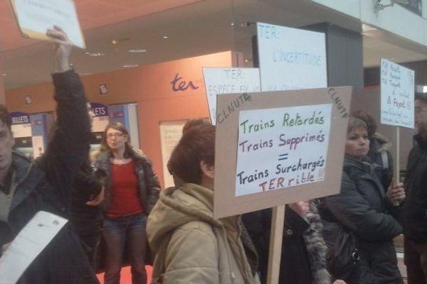Manifestation d'usagers du TER à Toulouse le 26/01/2013