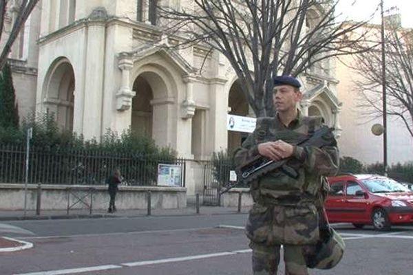 629 policiers, gendarmes et militaires sont en charge de surveiller les lieux de culte dans les Bouches-du-Rhône.