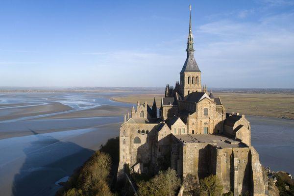 quand la mer se retire au Mont-Saint-Michel