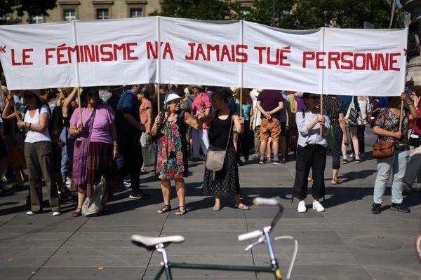 Le 23 novembre, une nouvelle marche est attendue en protestation contre les violences faites aux femmes
