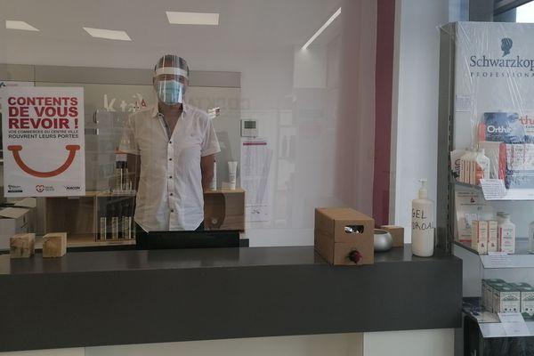A Mâcon, Laurent Mazoyer est prêt pour accueillir ses clients dans le respect des mesures sanitaires en vigueur.