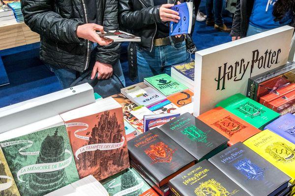 Les nouvelles éditions de Harry Potter ont commencé à sortir à partir de 2018, une par an.