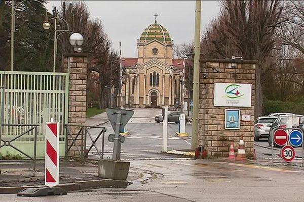 Le centre hospitalier du Vinatier où Nordahl Lelandais a demandé à être transféré, le 16 février, dans une unité spécialement aménagée pour les détenus.