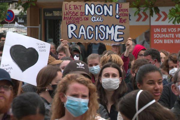 600 personnes ont manifesté contre les violences policières à Caen