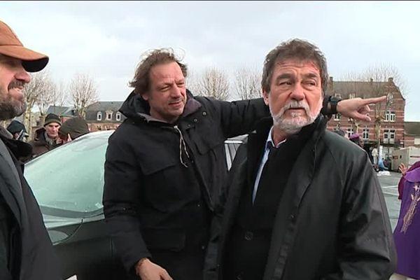 A droite de l'image, l'acteur et réalisateur Olivier Marchal.