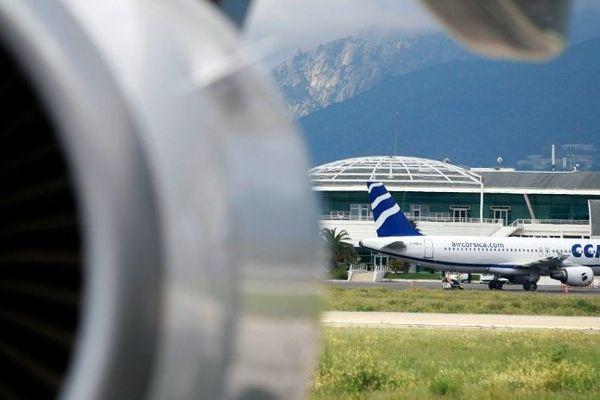 ILLUSTRATION - A320 de la compagnie régional Air Corsica sur le tarmac de l'aéroport d'Ajaccio