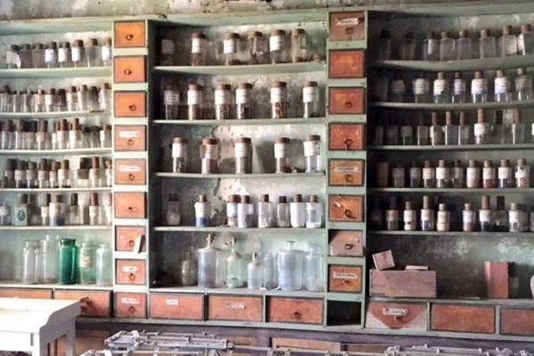 La pharmacie du château de Rochebrune