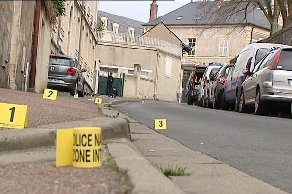 La rue Jeanne-d'Arc, à Nevers, où Thibault Cochet a reçu un coup fatal le 26 mars dernier.