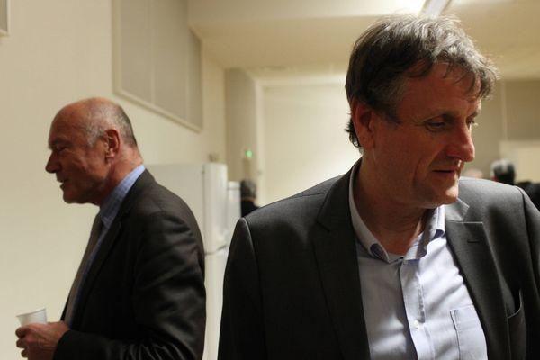 Alain Rousset (à g.) et Jean-François Macaire (à d.) pendant un meeting des dernières élections régfionales