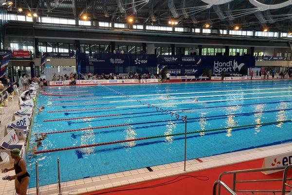 Les meilleurs nageurs handisport sont réunis à l'Aquapolis de Limoges pour décrocher leur place pour les Jeux paralympiques de Tokyo.