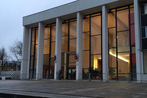 Le tribunal de grand instance de Charleville-Mézières, dans les Ardennes, au matin du 15 décembre.