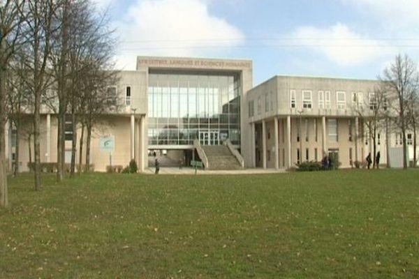 Université Lettres, Langues et Sciences Humaines à Orléans