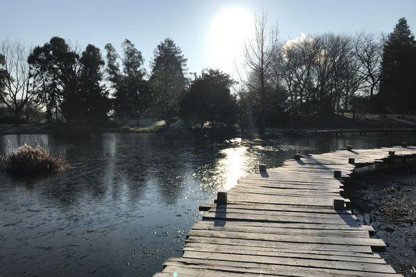 Le soleil devrait briller aujourd'hui au-dessus des Pays de la Loire, mais toujours dans le froid.