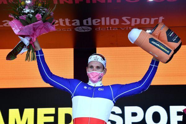 Arnaud Démare a remporté au sprint sa deuxième étape sur le Giro 2020 ce 8 octobre.