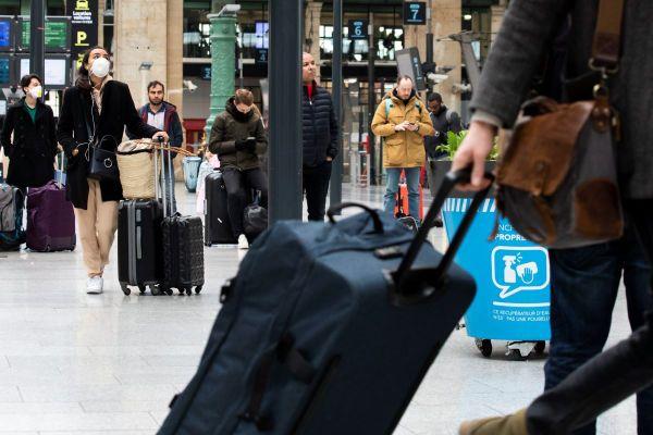 Depuis ce mardi 15 décembre, il est possible de voyager de région à région sans attestation de déplacement