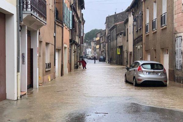 À Limoux, les rues ont été inondées par la crue de l'Aude, ce mercredi 22 janvier.