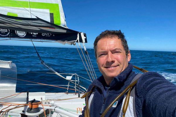 Romain Attanasio s'est blessé aux côtes sur le Vendée Globe 2020