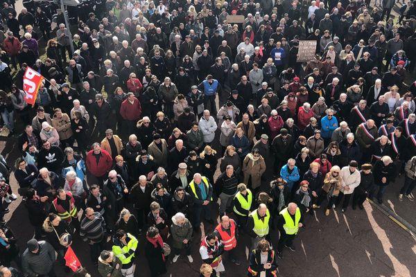 Manifestation l'hôpital Michel Sordel de Châtillon-sur-Seine, jeudi 8 mars 2018.