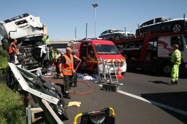 Accident sur l'A9 à hauteur de l'aire de Roquemaure en mai 2013
