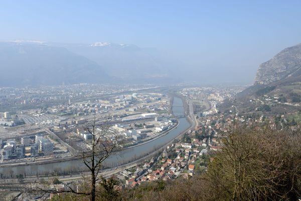 La vallée du Grésivaudan, près de Grenoble, est particulièrement touchée par les épisodes de pollution à répétition.
