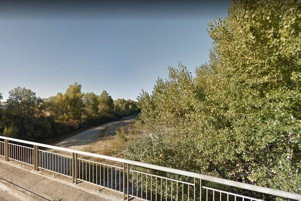 Les débit des cours d'eau en baisse inquiète la préfecture de Vaucluse.