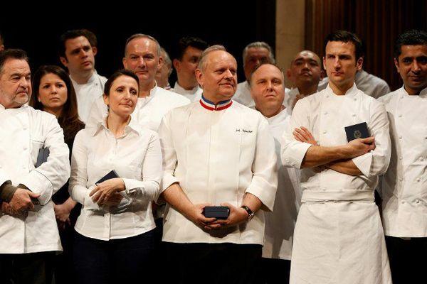 Anne Sophie Pic et tous les grands chefs étoilés françcais ont été récemment conviés dans la capitale  pour un hommage de la mairie de Paris