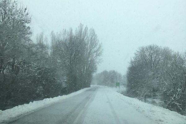 Une route du plateau du Lévézou, ce matin.