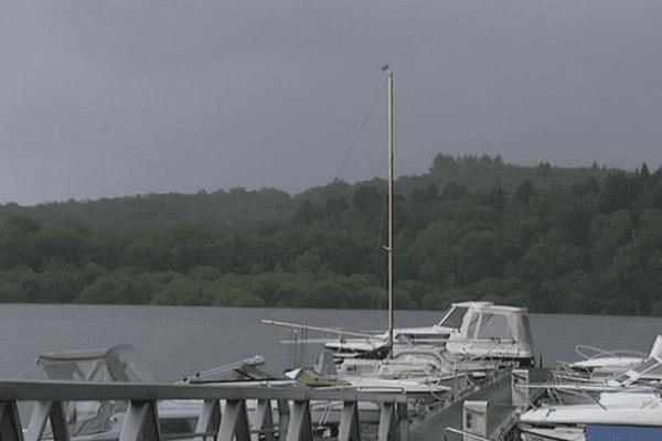 Avec un printemps maussade, Vassivière n'a pas attiré les touristes sur les bords du lac