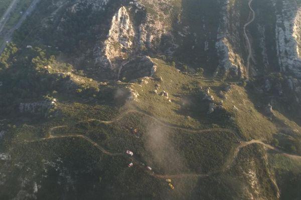 Lieu du crash d'un hélicoptère de la Sécurité Civile dans les collines du Rove, près de Marseille (Bouches-du-Rhône).