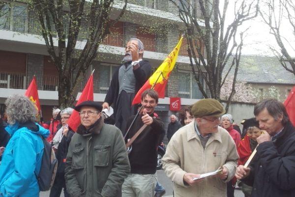 Jaurès parmi les marcheurs de l'occiatn pride