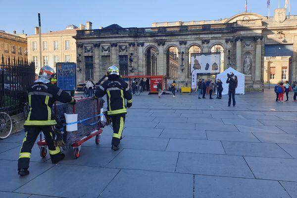 Une exercice de départ de feu a été réalisé à la cathédrale de Bordeaux, ce mardi matin.