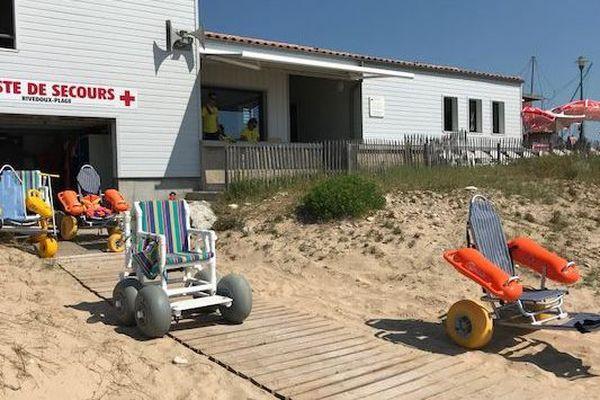 Une plage aménagée pour accueillir les personnes handicapées sur l'île de Ré.