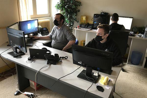 L'équipe de Meuse Market est composée de quatre informaticiens installés à Gondrecourt-le-Château (Meuse)