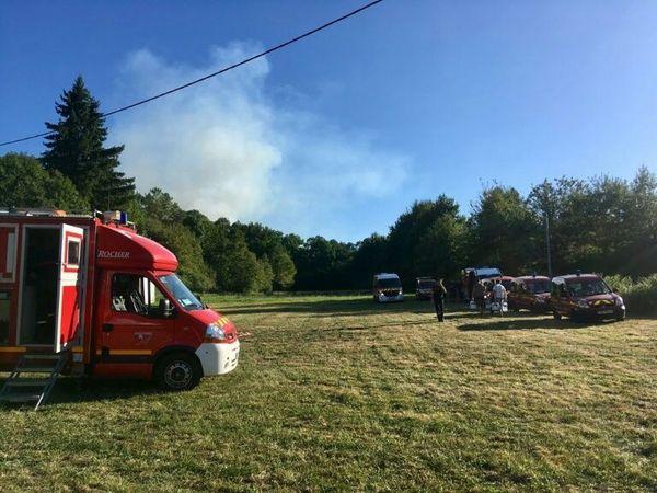 Le feu visible depuis le poste de commandement à Issac