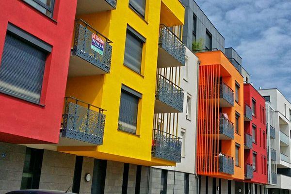 L'éco-quartier de Cronenbourg, à Strasbourg, s'illustre par ses murs colorés.