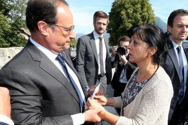 20/8/15 - La  rencontre entre le président et la soeur de Bruno Odos