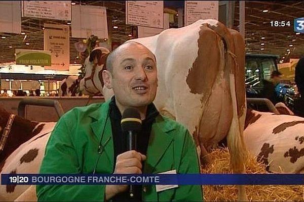 Bertrand Guin, vétérinaire rural de Saône-et-Loire, interviewé par France 3 Bourgogne lors du Salon de l'Agriculture en 2010.
