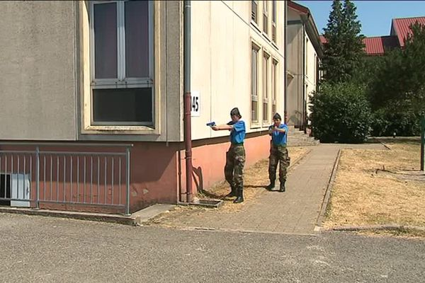 Gendarmes réservistes à l'entraînement