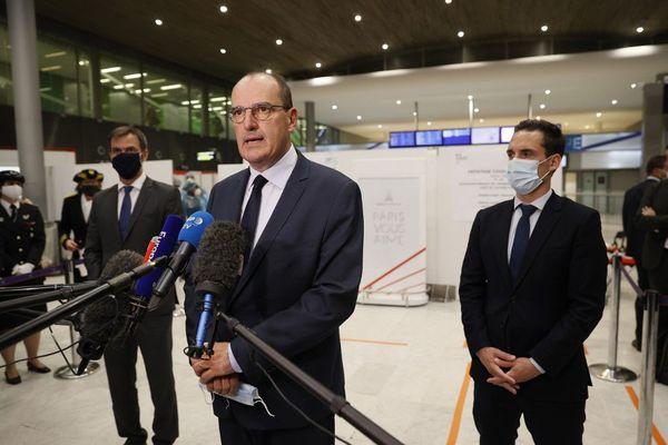 Le Premier ministre Jean Castex lors d'un point presse à l'aéroport de Roissy, le vendredi 24 juillet