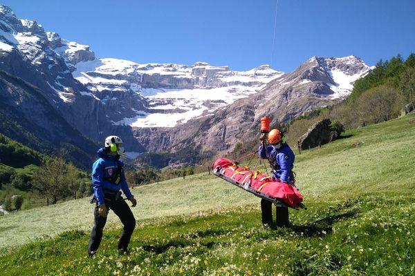 Les CRS de la compagnie de secours en montagne Pyrénées de Lannemezan appellent à la prudence en montagne.