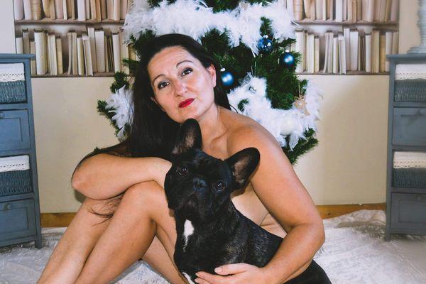 Domnique, assistante vétérinaire à Dunkerque et son chien Max, pour le mois de décembre 2020