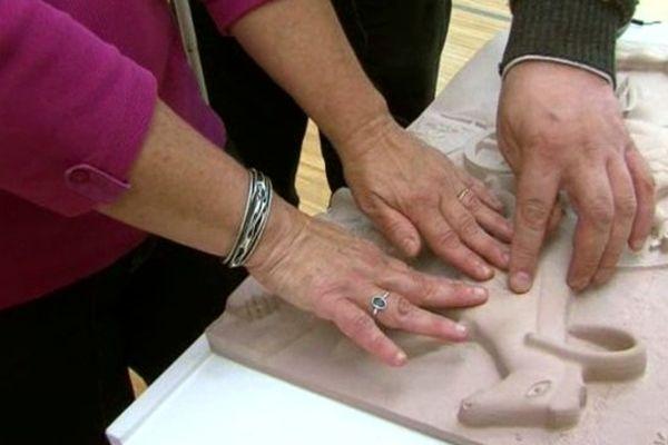 Voir avec les doigts au musée de Grenoble
