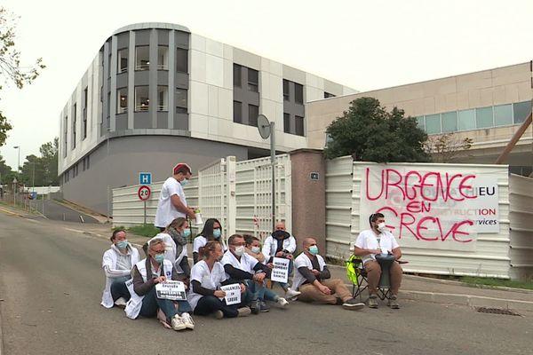 Les soignants du CHU de Nîmes réclament plus de postes et de meilleures conditions de travail