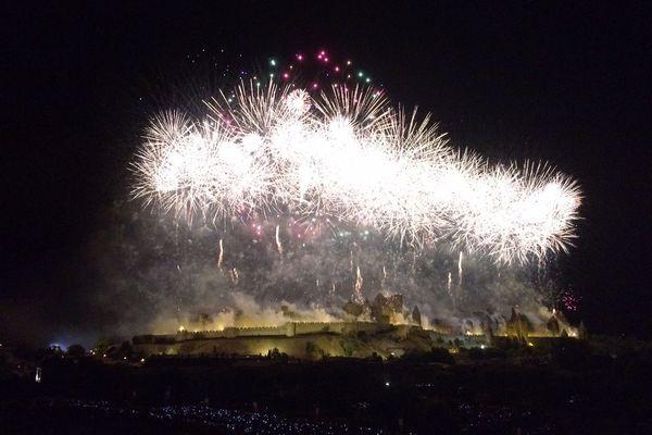 Le feu d'artifice du 14 juillet 2017 à la cité de Carcassonne