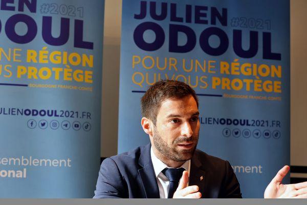 Julien Odoul, en campagne pour les Régionales