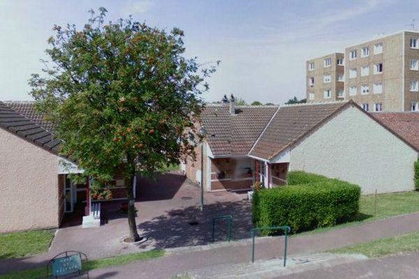 Le couple de personnes âgées habitait dans cette résidence située chemin du vitrier à Dunkerque.