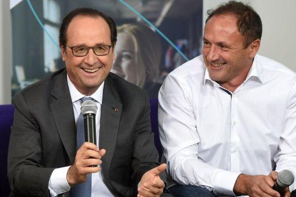 François Hollande aux côtés de Ludovic Le Moan, le PDG de Sigfox
