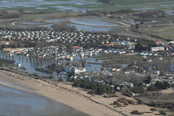 Les dégâts à Aytré après la tempête Xynthia en février 2010. Trois personnes sont décédées dans la commune.