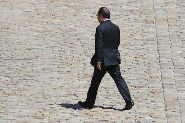 François Hollande photographié à l'hôtel des Invalides le 7 juillet 2016.
